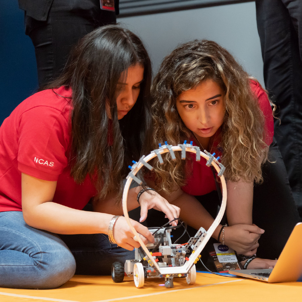 Students and Lego Rover